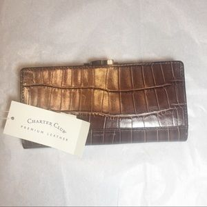 NWT Charter Club genuine leather alligator wallet